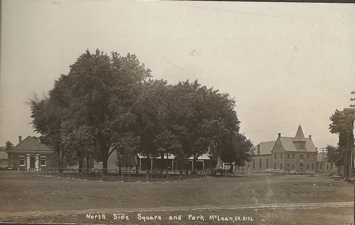Village Square and Park, circa 1908. The bank building, erected in 1907, is visible on the left, and Columbia Hall is visible on the right.